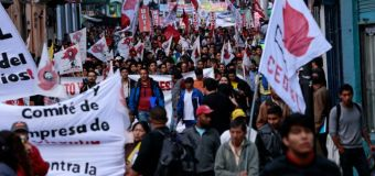 Thousands march over dissolved Ecuador teacher union