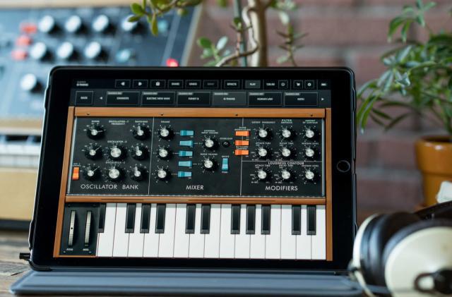 The revolutionary Minimoog Model D synth is now available as an iOS app