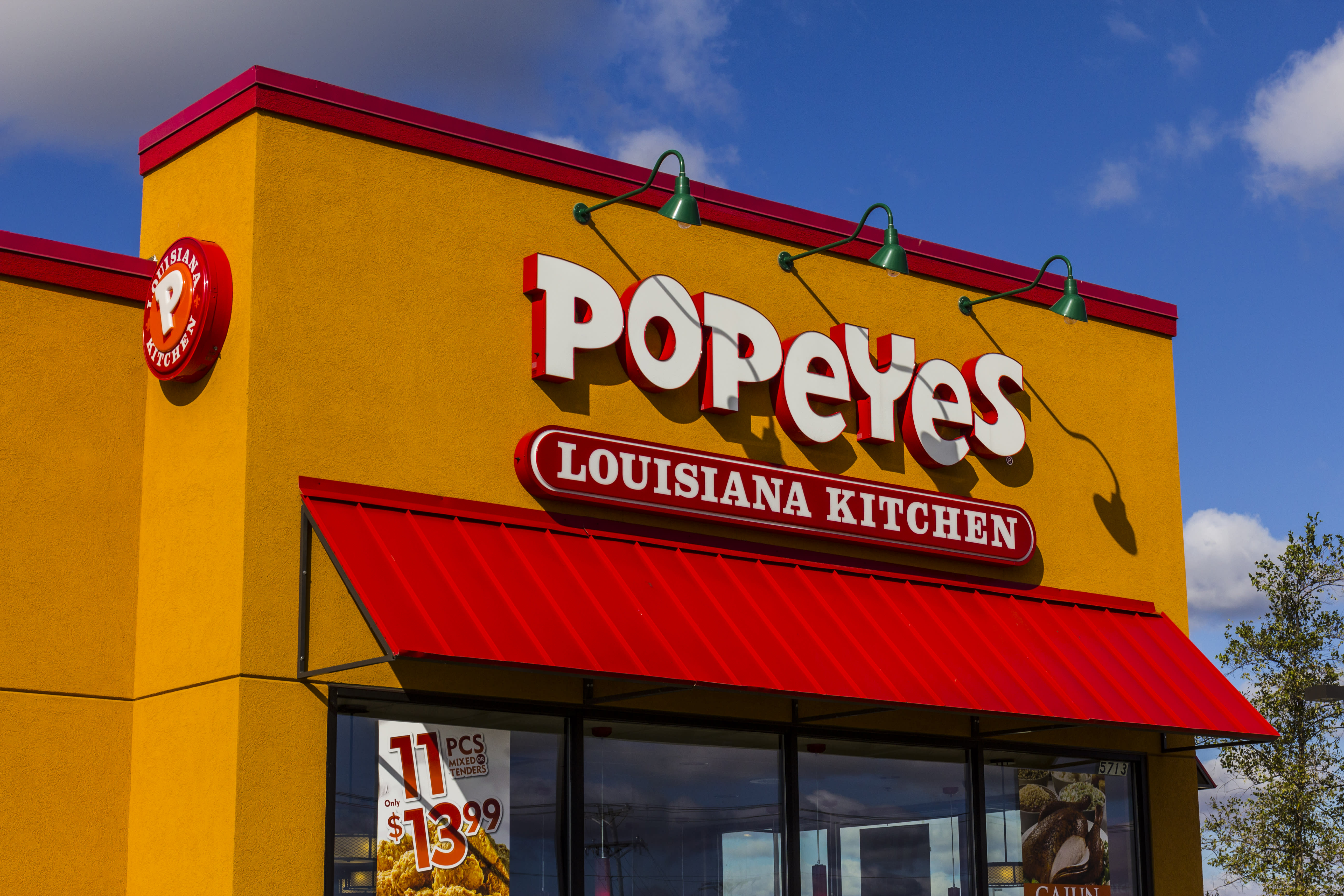 Popeyes has created the new war over chicken sandwiches