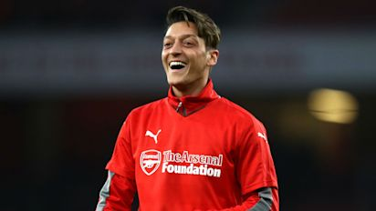 Ozil would consider Bundesliga return