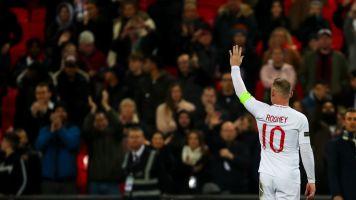 L'addio di Rooney alla nazionale, in campo con la famiglia