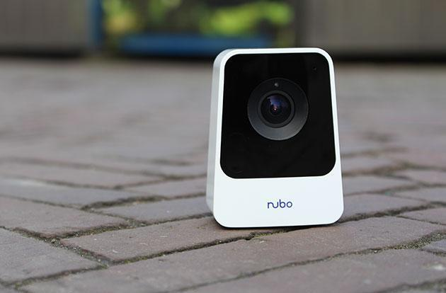 Panasonic takes on Dropcam with a 4G-equipped monitoring camera