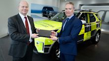 Highways England takes on fleet of 70 Land Rover Discoverys