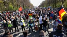 German police clash with anti-lockdown protesters