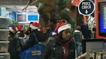 Raw: Shoppers Kick Off Black Friday
