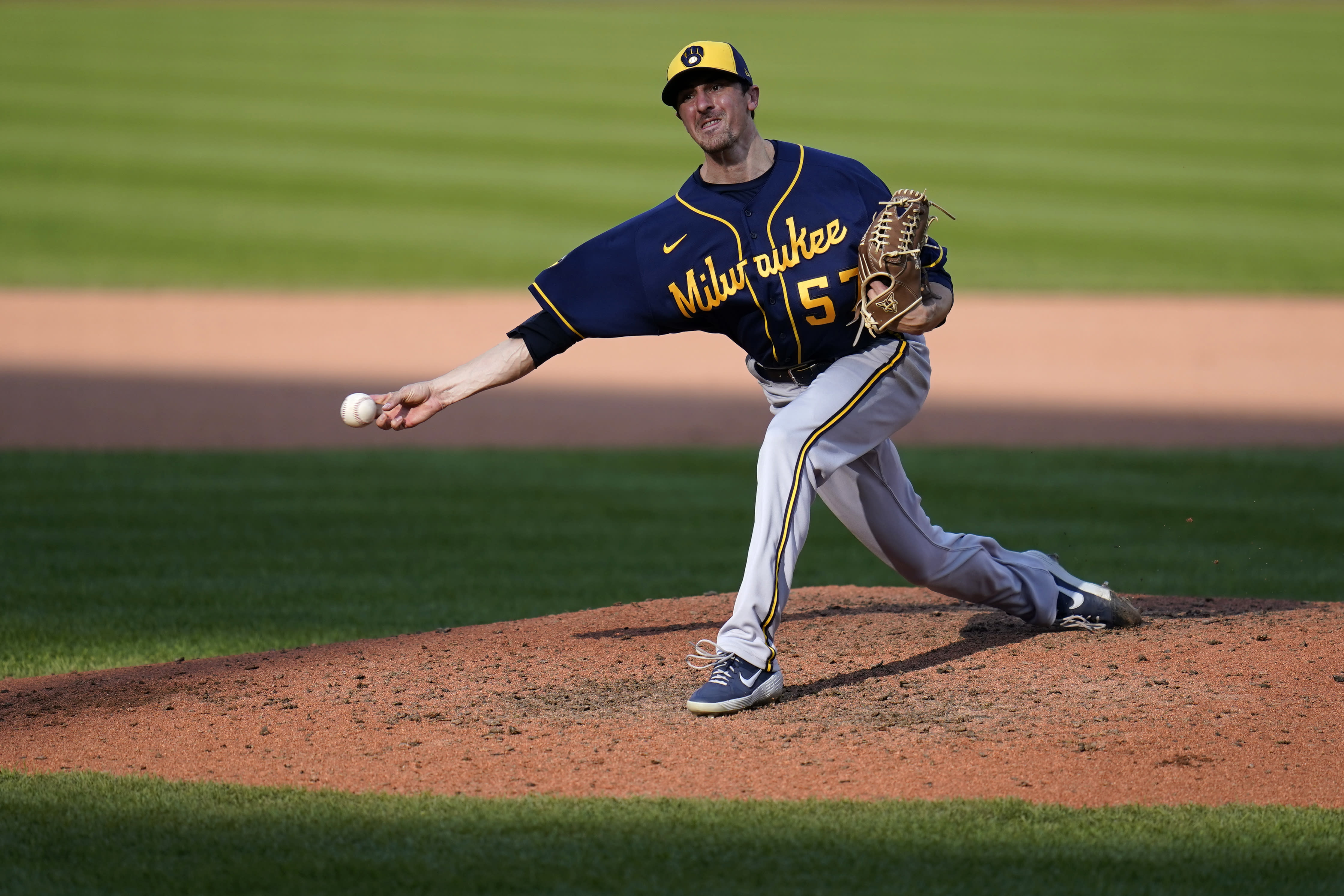 Milwaukee Brewers relief pitcher Eric Yardley throws during the seventh inning of a baseball game against the St. Louis Cardinals Sunday, Sept. 27, 2020, in St. Louis. (AP Photo/Jeff Roberson)