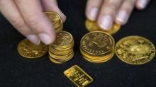 Gold Prices Fall as Stronger Dollar Weighs