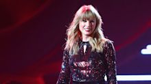 Taylor Swift's First-Ever 'I Did Something Bad' Award Show Performance Is Jaw-Dropping