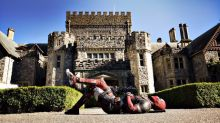 Deadpool 2: Ryan Reynolds rocks up at the X-Mansion