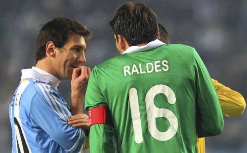 Messi todavía se acuerda de Martins y Raldes