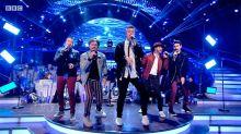 Críticas y burlas contra los Backstreet Boys por hacer una actuación igualita a a los 90 ¡cuando ya son maduritos!