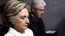 Arkansas lawmaker wants to strip Clintons' name from airport