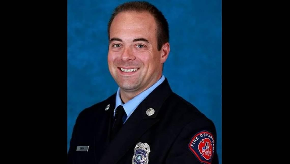 Body of Arlington firefighter was found in bathroom window, Mexican authorities say