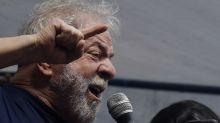 Defesa pede volta de benefícios previstos para Lula