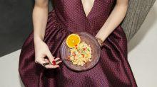 Você se alimentará de forma mais saudável se usar este truque na hora de pedir (e comprar)