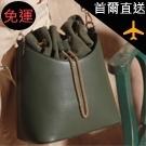 設計束口鍊條水桶包
