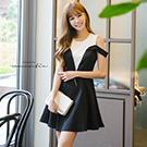韓露肩顯瘦蕾絲白黑洋裝