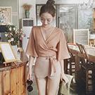 V領交叉綁帶雪紡短版上衣+褲裙-兩件套裝組