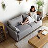 寬敞的舒適彈力坐感 曲線扶手的優雅設計 隱藏式的收納空間
