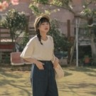 寬鬆舒服的棉料材質 簡單素面基本好搭配 透氣舒服的材質 適合台灣多變的天氣 簡單搭配牛仔褲就OK
