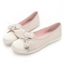 立體緹花條紋x氣質蝴蝶結 鞋面單層透氣棉布 給予透氣的舒適腳感 選用100%橡膠大底 耐磨行走好安心