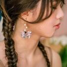 大地色系優雅花瓣 任何服裝造型皆可搭配 採用日本製棉花珍珠