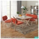使用橡膠木實木材質的【RELAX】系列餐桌椅組合,溫潤圓滑的設計,呈現輕鬆居家氛