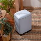 ‧ 霧面烤漆,設計簡約有型  ‧ 附內桶設計,方便清潔  ‧ 緩降踩踏開蓋不沾手,安靜無噪音