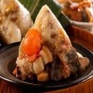 ★ 蒲燒鰻魚干貝粽,食用時請小心魚刺 ★ 特級干貝,鰻魚,南部粽做法,鹹香油亮的糯米飯