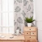 米色底襯托灰綠色圖騰大地風情 輕鬆安裝,拉扯時不易斷裂 遮光率80%阻隔室外高溫,省電節能