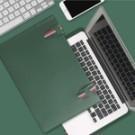 材質防水、抗皺、耐磨、容易打理 內部毛氈小心呵護筆電更安全