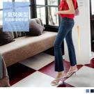 良好的彈性讓伸展自在不拘束,褲管抽鬚設計率性時尚 窄管喇叭版型修飾腿型,拉長比例