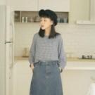 清新藍白配色小格紋 適合春夏穿著的柔棉面料 領口後方鈕釦設計 隨性搭配日系無印LOOK
