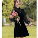 #短洋裝 #黑色洋裝 #約會 #法式浪漫  #絲絨