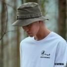 側邊有小口袋的裝飾 戰術織帶的設計 是必備潮流個性的叢林野戰帽