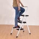 居家生活好幫手 安全卡榫、止滑踏板、腳柱止滑墊設計用起來更安心 加寬款耐重100kg穩固不佔空間