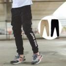 ‧【柒零年代】 ‧縮口褲,長褲,束口褲,工作褲,休閒褲 ‧卡其、黑色【共二色】
