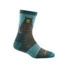 DT羊毛襪加強腳跟部份的深度,精選的美麗諾羊毛材質,展現數一數二的舒適感。是您前往嚴苛環境最佳旅伴。