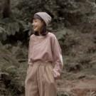 Made in Korea 袖子有補丁設計可愛俏皮 棉料舒適好穿著 搭配背心牛仔褲 簡單休閒就好看