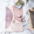 ‧超細纖維觸感棉柔細緻 ‧可水洗,易於保養兼具實用 ‧個性化簡約北歐風設計,增添居家獨特質感