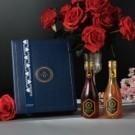 ● 蜂蜜禮盒.送禮推薦 ● 在百花蜜中,加入花之皇后-可食用頂級大紅玫瑰花瓣