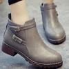 踝靴-英倫雙皮帶扣低跟短靴【XKYA231】率性穿搭款摩登皮帶釦設計