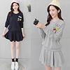 1011 可愛造型貼布穿出俏皮可愛女孩風搭配縮腰褲裙設計,可以展現多樣的分開穿搭喔~