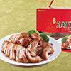 ★精選上等的 前腿肉 為原料★遵從古法所滷製的美食★細火精燉、料多實在,年節送禮自用兩相宜。