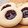 在酥軟的餅皮上,注入新鮮藍莓醬☆ 外酥內軟好口感 讓下午茶更加完美☆
