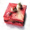香草蛋糕/乳酪慕斯/鹽味奶油霜/紅絲絨碎餅酥/雪碧果凍/蘭姆酒檸檬乳酪霜/檸檬水珠