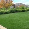 仿真草, 全年綠意盎然草絲柔軟滑順可鋪於花園、陽台等造景用途,亦可當牆壁裝飾...