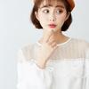 VOL806透視網狀圖騰鉤織袖口開叉綁帶造型設計打造女孩自信俏麗風格