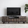 日本製造的超優質感電視櫃,木作素材與現代風格組成,讓家中更具視覺的美感。