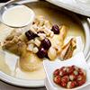 胡椒雞湯打破一般傳統的雞湯風味,淡雅的胡椒香氣和慢火細燉的雞湯是必嚐的湯品,軟Q的心太軟也不容錯過